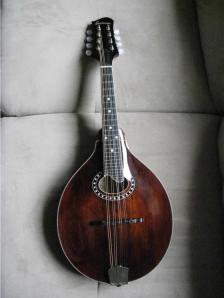 Eastman MD 504 Mandolin